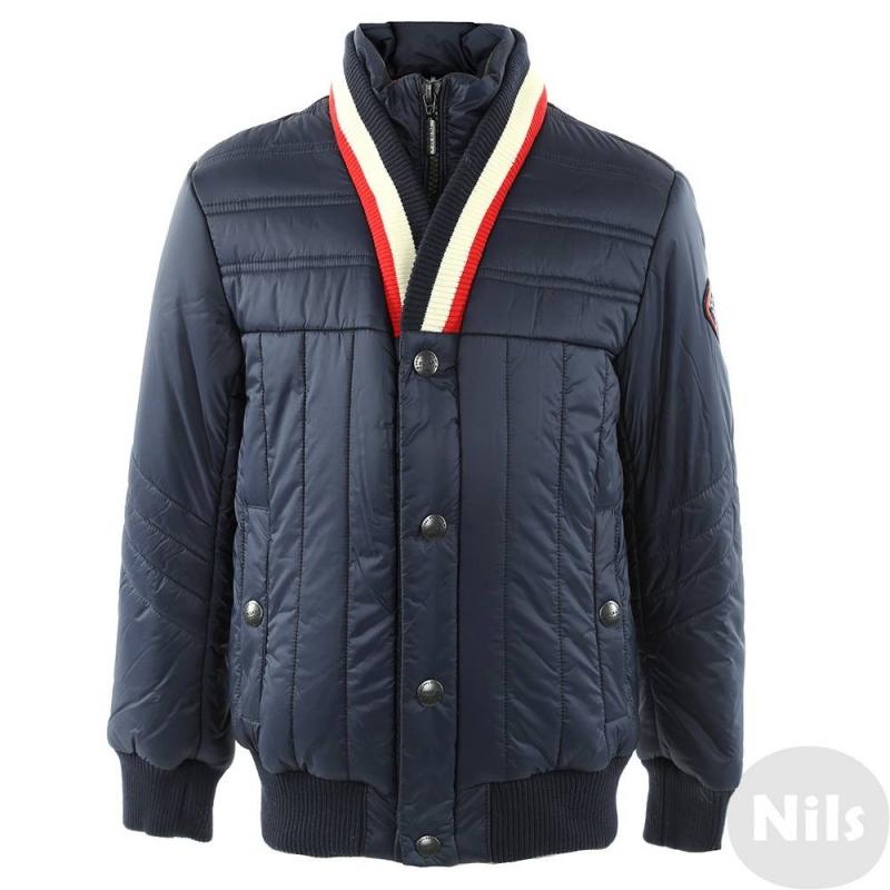 КурткаТемно-синяя демисезонная куртка марки PULKA для мальчиков. Куртка с оригинальным кроем воротника выполнена из полностью непродуваемых материалов, молния защищена двойным клапаном. Ворот, манжеты и низ куртки сшиты из эластичного трикотажа. Есть два кармана на кнопках. Куртка украшена нашивкой на рукаве.<br><br>Размер: 8 лет<br>Цвет: Темносиний<br>Рост: 128<br>Пол: Для мальчика<br>Артикул: 611308<br>Бренд: Италия<br>Страна производитель: Китай<br>Сезон: Всесезонный<br>Состав: 100% Нейлон<br>Состав подкладки: 100% Полиэстер<br>Наполнитель: 100% Полиэстер