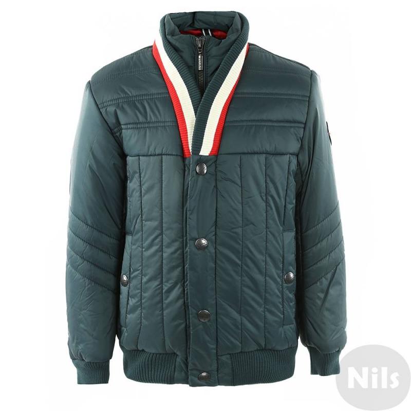 КурткаТемно-зеленая демисезонная куртка марки PULKA для мальчиков. Куртка с оригинальным кроем воротника выполнена из полностью непродуваемых материалов, молния защищена двойным клапаном. Ворот, манжеты и низ куртки сшиты из эластичного трикотажа. Есть два кармана на кнопках. Куртка украшена нашивкой на рукаве.<br><br>Размер: 10 лет<br>Цвет: Зеленый<br>Рост: 140<br>Пол: Для мальчика<br>Артикул: 611313<br>Страна производитель: Китай<br>Сезон: Всесезонный<br>Состав: 100% Нейлон<br>Состав подкладки: 100% Полиэстер<br>Бренд: Италия<br>Наполнитель: 100% Полиэстер