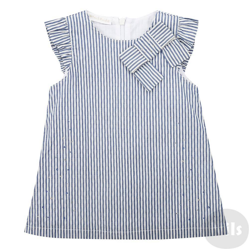 ПлатьеПлатье в бело-синюю полоскумарки Minibanda. Легкоехлопковое платье на подкладке из стопроцентного хлопка с короткими рукавами-крылышками, застегивается на потайную молнию сзади. Украшено стразами, а такжебантом у ворота.<br><br>Размер: 9 месяцев<br>Цвет: Синий<br>Рост: 74<br>Пол: Для девочки<br>Артикул: 611880<br>Бренд: Италия<br>Страна производитель: Тунис<br>Сезон: Весна/Лето<br>Состав: 99% Хлопок, 1% Эластан<br>Состав подкладки: 100% Хлопок<br>Вид застежки: Молния