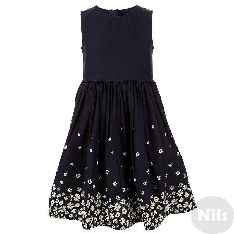 ПлатьеТемно-синее платье марки Blue Seven для девочек. Платье без рукавов выполнено из чистого хлопка, застегивается на потайную молнию на спинке. Пышная юбка украшена принтом с ромашками.<br><br>Размер: 3 года<br>Цвет: Темносиний<br>Рост: 98<br>Пол: Для девочки<br>Артикул: 612546<br>Страна производитель: Индия<br>Сезон: Весна/Лето<br>Состав: 100% Хлопок<br>Бренд: Германия<br>Вид застежки: Молния