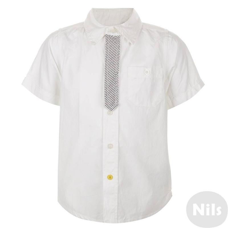 РубашкаБелая рубашка с коротким рукавом марки Blue Seven для мальчиков. Летняя хлопковая рубашка с нагрудным карманом застегивается на пуговицы. Планка застежки отделана клапаном из ткани в полоску. Рубашка украшена пуговицами желтого цвета.<br><br>Размер: 6 лет<br>Цвет: Белый<br>Рост: 116<br>Пол: Для мальчика<br>Артикул: 613109<br>Бренд: Германия<br>Страна производитель: Индия<br>Сезон: Весна/Лето<br>Состав: 100% Хлопок<br>Вид застежки: Пуговицы