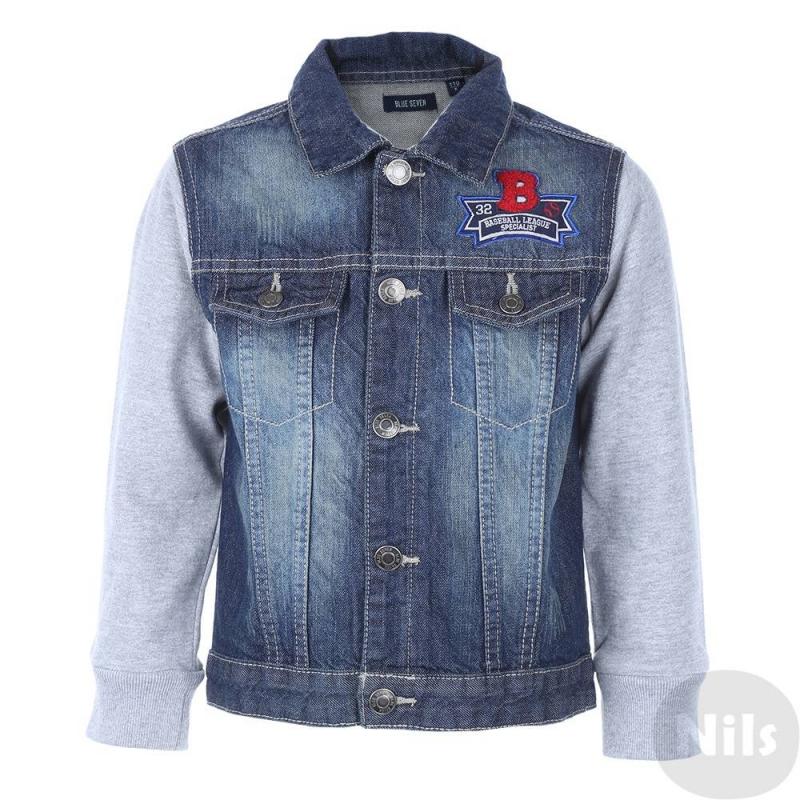 КурткаДжинсовая куртка марки Blue Seven для мальчиков. Куртка с трикотажными рукавами выполнена из плотного денима, застегивается на кнопки. Куртка украшена декоративными карманами, а также стильной нашивкой в бейсбольном стиле.<br><br>Размер: 6 лет<br>Цвет: Синий<br>Рост: 116<br>Пол: Для мальчика<br>Артикул: 612892<br>Страна производитель: Бангладеш<br>Сезон: Весна/Лето<br>Состав: 100% Хлопок<br>Бренд: Германия<br>Вид застежки: Кнопки