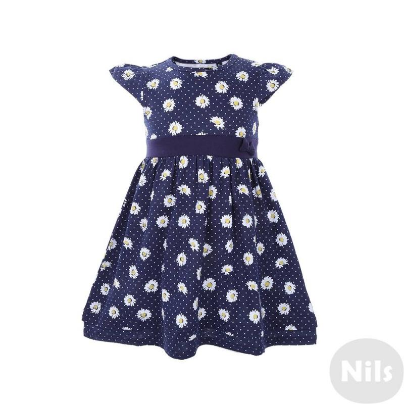ПлатьеТемно-синее платье марки Blue Seven для девочек. Летнее платье с коротким рукавом выполнено из хлопкового трикотажа, украшено принтом с ромашками. Пояс декорирован бантиком. Платье застегивается на две кнопки на плече.<br><br>Размер: 12 месяцев<br>Цвет: Темносиний<br>Рост: 80<br>Пол: Для девочки<br>Артикул: 612963<br>Страна производитель: Бангладеш<br>Сезон: Весна/Лето<br>Состав: 100% Хлопок<br>Бренд: Германия<br>Вид застежки: Кнопки