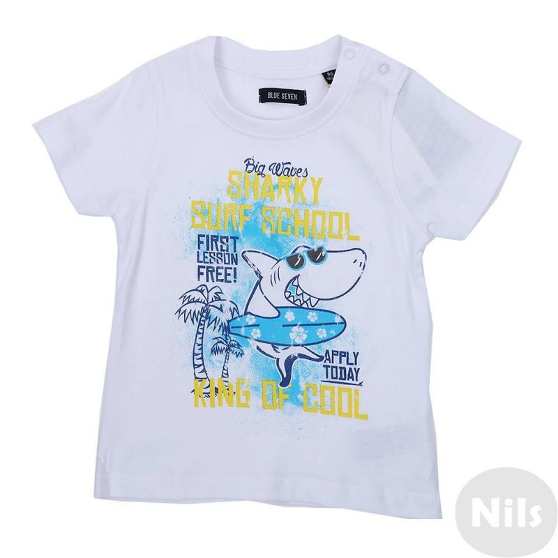 ФутболкаБелая футболка марки Blue Seven для мальчиков. Футболка с коротким рукавом выполнена из хлопкового трикотажа и украшена стильным пляжным принтом с акулой. На плече кнопочная застежка.<br><br>Размер: 3 месяца<br>Цвет: Белый<br>Рост: 62<br>Пол: Для мальчика<br>Артикул: 613030<br>Бренд: Германия<br>Страна производитель: Бангладеш<br>Сезон: Весна/Лето<br>Состав: 100% Хлопок<br>Вид застежки: Кнопки
