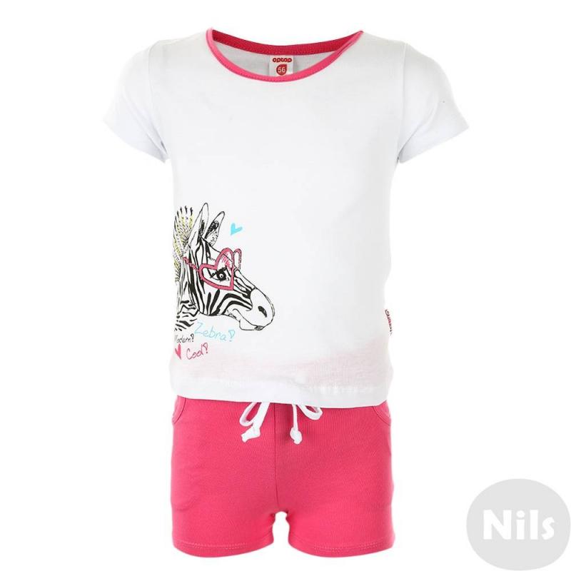 КомплектКомплект шорты + футболка марки CrocKid для девочек. Летний комплект выполнен из хлопкового трикотажа. Белаяфутболка с коротким рукавом украшена стильным принтом с зеброй. Малиновыешорты с двумя карманами имеют пояс на резинке, который дополнительно регулируется шнурком.<br><br>Размер: 5 лет<br>Цвет: Белый<br>Рост: 110<br>Пол: Для девочки<br>Артикул: 614196<br>Бренд: Россия<br>Страна производитель: Узбекистан<br>Сезон: Весна/Лето<br>Состав верха: 100% Хлопок<br>Состав низа: 100% Хлопок