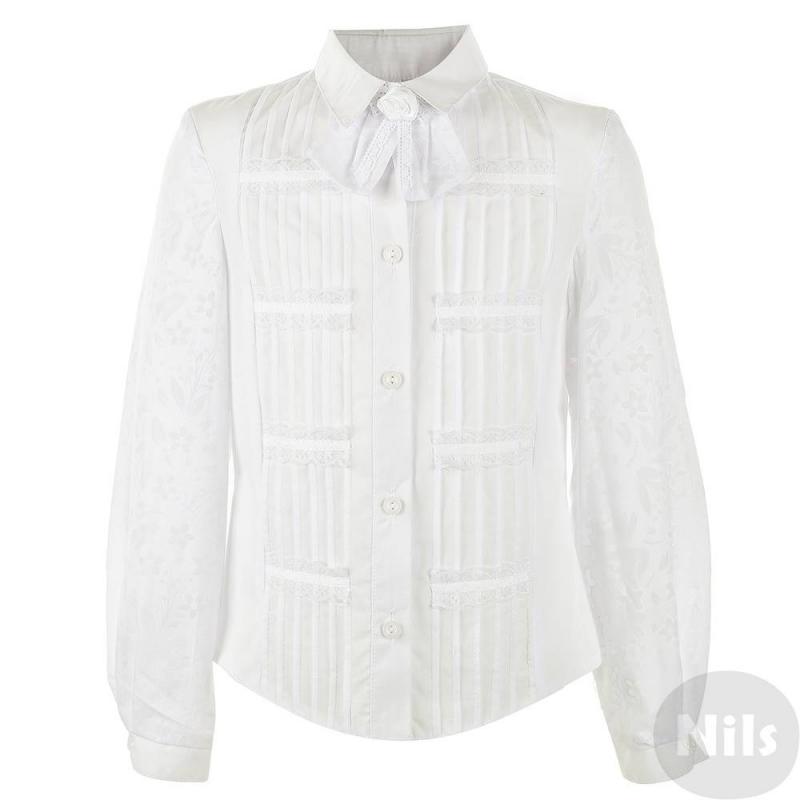 БлузкаНарядная белая блузка для девочек от российского производителя Лидер выполнена из хлопка с добавлением полиэстера; благодаря хлопку в составе блузка приятна к телу, а полиэстер делает блузку практичной, легкой в уходе и приятной на ощупь. Классический отложной воротник украшен бантом, который при желании можно отстегнуть. Передняя часть блузки декорирована защипами и кружевом, рукава украшены цветочным орнаментомиз полупрозрачной ткани. Блузка идеально подойдет для любых школьных торжеств.<br>Размер указан как: Рост/Обхват груди.<br><br>Размер: 12 лет<br>Цвет: Белый<br>Размер: 152/76<br>Пол: Для девочки<br>Артикул: 615886<br>Страна производитель: Россия<br>Сезон: Всесезонный<br>Состав: 70% Хлопок, 30% Полиэстер<br>Бренд: Россия<br>Воротник: Классический<br>Рукава: Длинные, без манжет<br>Покрой: Приталенный