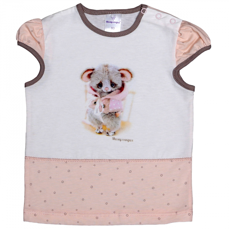 ФутболкаФутболка розового цвета марки Мамуляндия для девочек. Футболка с короткими рукавами-фонариками выполнена из мягкого хлопкового трикотажа, украшена милым принтом с мышонком. Для удобства переодевания футболка застегивается на три кнопки на плече.<br><br>Размер: 12 месяцев<br>Цвет: Розовый<br>Рост: 80<br>Пол: Для девочки<br>Артикул: 616752<br>Страна производитель: Россия<br>Сезон: Весна/Лето<br>Состав: 100% Хлопок<br>Бренд: Россия<br>Вид застежки: Кнопки