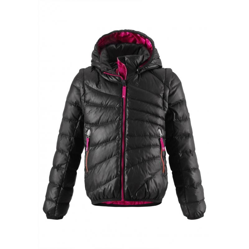 Куртка-жилетКуртка-жилет черногоцвета маркиREIMA для девочек выполнена из ветронепроницаемого и дышащего материала с водо- и грязеотталкивающим покрытием. Наполнитель пух/перо. Рукава можно отстегнуть - и куртка превратится в теплую жилетку.<br>Съемный капюшон на кнопках защитит от холодного ветра. Капюшон, низ и манжеты отделаны эластичным кантом. Куртка имеет два кармана на молнии, а также светоотражающие элементы для безопасности ребенка. Подкладка яркого малинового цвета.<br>Пуховик не теряет своих свойств при многократнойстирке в стиральной машине, быстро сохнет. Легкие загрязнения можнопротереть влажной губкой или смытьпод душем.<br><br>Размер: 9 лет<br>Цвет: Черный<br>Рост: 134<br>Пол: Для девочки<br>Артикул: 616443<br>Страна производитель: Китай<br>Сезон: Осень/Зима<br>Состав верха: 100% Полиэстер<br>Состав подкладки: 100% Полиэстер<br>Бренд: Финляндия<br>Наполнитель: 60% Пух, 40% Перо<br>Температура: от 0° до -20°