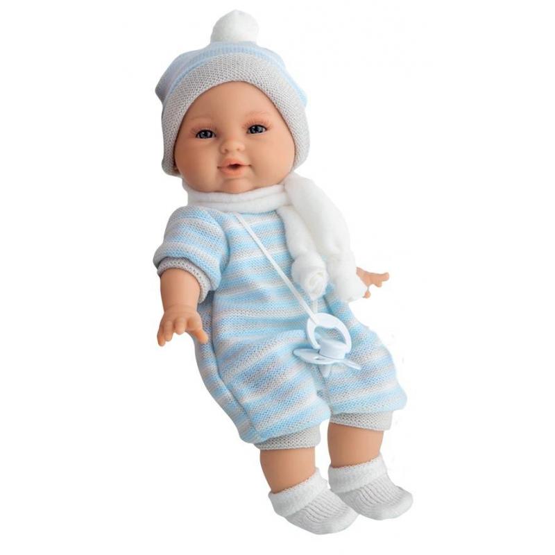 Кукла Нано - Antonio Juan Munecas - Antonio Juan MunecasКукла Нано в голубом костюмчике от бренда Antonio Juan Munecas (Антонио Хуан). Очаровательная кукла-младенец от всемирно известного испанского бренда покорит сердца как детей, так и родителей. Коллекционная кукла - абсолютная копия новорожденного младенца, ее трогательный внешний вид вызовет исключительноположительные и добрые эмоции. О таком малыше юная мама будет с удовольствием заботиться! Младенец одет в модный вязаный костюмчик нежно-голубого цвета, шапочку, шарфик и носочки. Кукла умеет плакать, как настоящий ребенок! Глазки, губки, мимикатщательно проработаны с учетом анатомии настоящего новорожденного младенца. Кукла выполненаиз качественного эластичного винила; голова, ручки и ножки подвижные, тело куклы мягконабивное. В комплект входит настоящая соска на шнурочке, которая успокаивает малыша, чтобы он не плакал.<br>Чудесная и милая кукла упакована в красивую подарочную коробку и станет замечательным подарком для Вашей девочки.<br>Высота куклы: 30 см<br>Вес куклы: 0,5 кг<br>В комплект входят демонстрационные батарейки типа3хААА.<br><br>Цвет: Голубой<br>Возраст от: 3 года<br>Пол: Для девочки<br>Артикул: 617585<br>Бренд: Испания<br>Размер: от 3 лет<br>Материал: Текстиль, винил