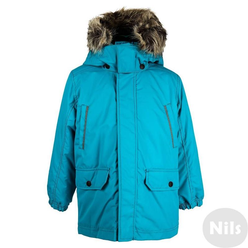 КурткаЗимняя курткабирюзовогоцвета марки LASSIE by REIMAдлямальчиков.<br>Куртка с удлиненной спинкой подходитдля активныхигрна свежем воздухе и зимних прогулок. Куртка сшита из износостойкого водонепроницаемого грязеотталкивающего материала с мембраной. Материал также хорошо защищает от ветра. Степень утепления высокая.<br>Безопасный съемный капюшон на кнопках хорошо прилегает к голове, застегивается на липучки, имеет мягкую теплую подкладку. Капюшон отделан искусственным мехом, который при желании можно остегнуть. Есть два кармана с клапанами на кнопках и два нагрудных кармана, эластичные манжеты на резинке, а также светоотражающиедетали для безопасности ребенка.<br><br>Размер: 5 лет<br>Цвет: Бирюзовый<br>Рост: 110<br>Пол: Для мальчика<br>Артикул: 617137<br>Страна производитель: Китай<br>Сезон: Осень/Зима<br>Состав: 100% Полиэстер<br>Состав подкладки: 100% Полиэстер<br>Бренд: Финляндия<br>Наполнитель: 100% Полиэстер<br>Покрытие: Полиуретан<br>Температура: от -10° до -30°