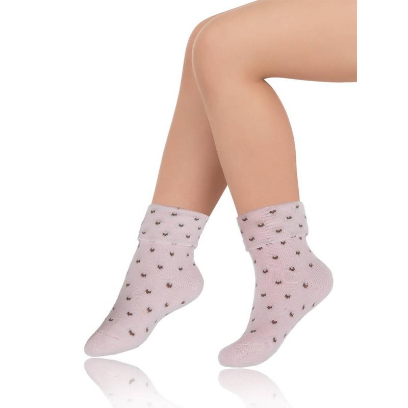 НоскиТеплые махровые носки розового цвета марки Arina by Charmante для девочек. Светло-розовые носки с узором, имеют удобную широкую резинку, выполнены из эластичного трикотажа на основе хлопка.<br><br>Размер: 1 месяц<br>Цвет: Розовый<br>Размер: 12/14<br>Пол: Для девочки<br>Артикул: 550077<br>Страна производитель: Китай<br>Сезон: Всесезонный<br>Состав: 80% Хлопок, 10% Полиамид, 7% Нейлон, 3% Эластан<br>Бренд: Италия