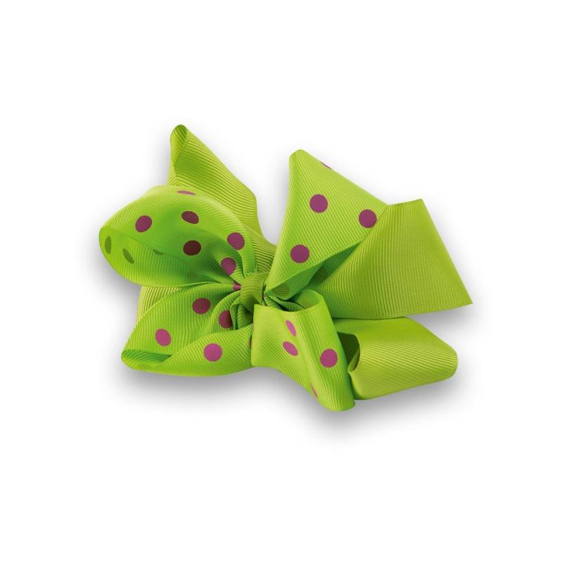Заколка-зажимЗаколка-зажим с очаровательным бантом марки Perlitta by Charmante для праздничных и повседневных причесок. Бант изготовлен из зеленойрепсовой ленты в горошек.<br><br>Цвет: Зеленый<br>Пол: Не указан<br>Артикул: 601603<br>Страна производитель: Китай<br>Сезон: Всесезонный<br>Бренд: Италия<br>Размер: Без размера