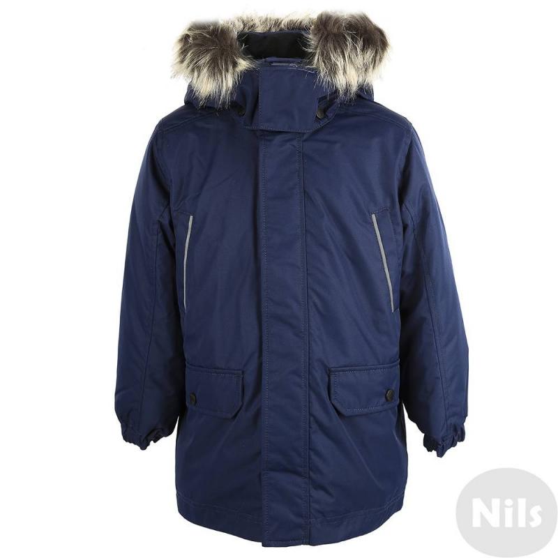 КурткаЗимняя курткатемно-синегоцвета марки LASSIE by REIMAдлямальчиков.<br>Куртка с удлиненной спинкой подходитдля активныхигрна свежем воздухе и зимних прогулок. Куртка сшита из износостойкого водонепроницаемого грязеотталкивающего материала с мембраной. Материал также хорошо защищает от ветра. Степень утепления высокая.<br>Безопасный съемный капюшон на кнопках хорошо прилегает к голове, застегивается на липучки, имеет мягкую теплую подкладку. Капюшон отделан искусственным мехом, который при желании можно остегнуть. Есть два кармана с клапанами на кнопках и два нагрудных кармана, эластичные манжеты на резинке, а также светоотражающиедетали для безопасности ребенка.<br><br>Размер: 8 лет<br>Цвет: Темносиний<br>Рост: 128<br>Пол: Для мальчика<br>Артикул: 618257<br>Страна производитель: Китай<br>Сезон: Осень/Зима<br>Состав: 100% Полиэстер<br>Состав подкладки: 100% Полиэстер<br>Бренд: Финляндия<br>Наполнитель: 100% Полиэстер<br>Покрытие: Полиуретан<br>Температура: от -10° до -30°