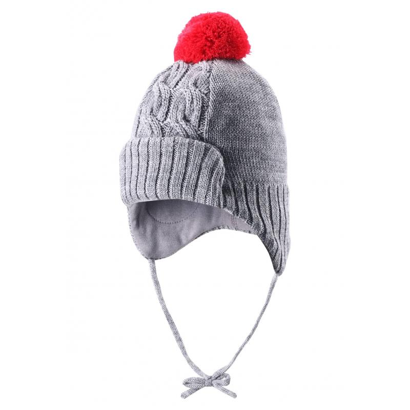 ШапкаШерстяная шапка серогоцвета марки REIMA для мальчиков. Шапка связана из натуральной шерсти, дополнена хлопковой трикотажной подкладкой. В области ушей специальные вставки, защищающие от ветра. Шапка имеет удобные завязки и яркий помпон контрастного красногоцвета.<br><br>Размер: 6 лет<br>Цвет: Серый<br>Размер: 52<br>Пол: Для мальчика<br>Артикул: 619467<br>Страна производитель: Китай<br>Сезон: Осень/Зима<br>Состав: 100% Шерсть<br>Состав подкладки: 97% Хлопок, 3% Эластан<br>Бренд: Финляндия