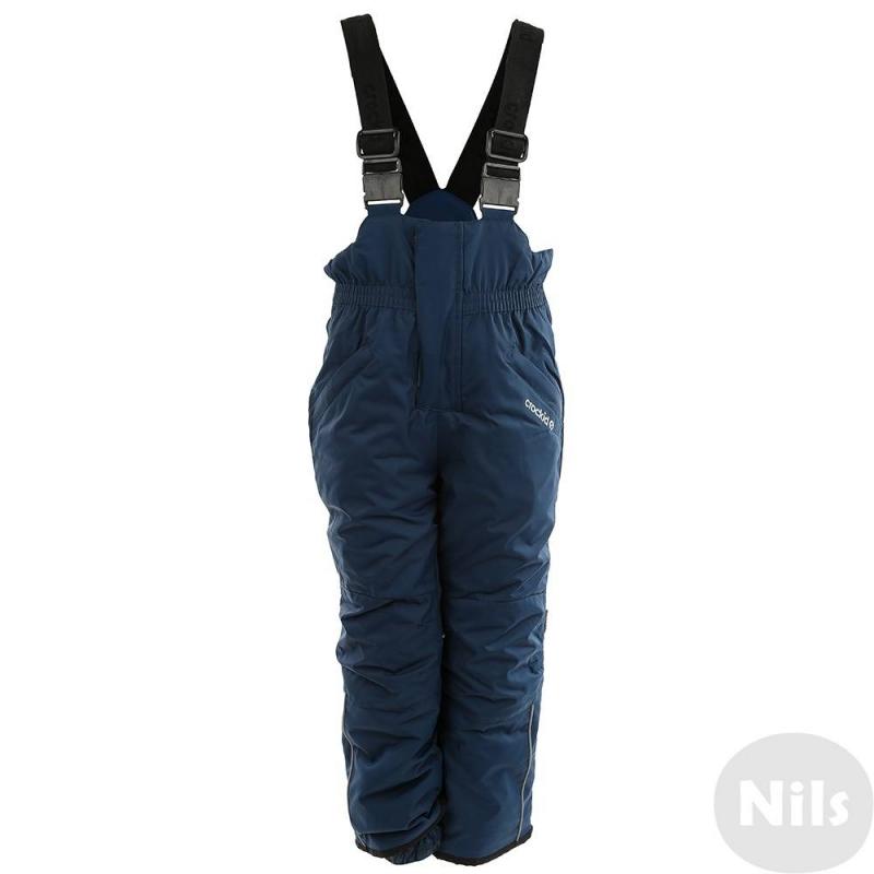 БрюкиЗимние брюки с подтяжками темно-синего цвета марки Crockid для девочек выполнены из водо- и ветронепроницаемого материала, который дышит и эффективно выводит лишнюю влагу в виде пара. Мембрана 5000 мм. Легкий и комфортный утеплитель нового поколения Fellex прекрасно сохраняет тепло, дышит.<br>Брюки имеют удобные регулируемые подтяжки, два кармана на молнии, внутренние манжеты для защиты от снега, а также множество светоотражающих деталей для безопасности ребенка.<br><br>Размер: 6 лет<br>Цвет: Темносиний<br>Рост: 110-116<br>Пол: Для девочки<br>Артикул: 620054<br>Страна производитель: Китай<br>Сезон: Осень/Зима<br>Состав: 80% Нейлон, 20% Полиуретан<br>Состав подкладки: 100% Полиэстер<br>Бренд: Россия<br>Наполнитель: 100% Полиэстер<br>Температура: до -20°