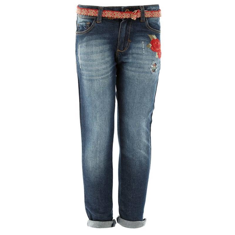 ДжинсыСиние джинсы с вышивкой марки MAYORAL для девочек. Джинсы облегающегокроя с легким эффектом потертости сделаны вручную. Украшены вышивкой с цветами и съемным плетеным поясом. Джинсы имеют пять карманов и застегиваются на кнопку и молнию. Пояс регулируется специальными пуговицами на внутренней стороне.<br><br>Размер: 5 лет<br>Цвет: Красный<br>Рост: 110<br>Пол: Для девочки<br>Артикул: 601579<br>Страна производитель: Индия<br>Сезон: Всесезонный<br>Состав: 98% Хлопок, 2% Эластан<br>Бренд: Испания
