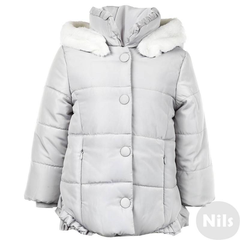 КурткаКуртка светло-серогоцвета марки Mayoral для девочек. Осенняя куртка со съемным капюшоном на кнопках дополнена мягкой подкладкой из ворсистого флиса. Капюшон отделан искусственным мехом. Куртка имеет два кармана на молнии и трикотажные манжеты, застегивается на молнию и кнопки. Низ куртки украшен рюшами.<br><br>Размер: 9 месяцев<br>Цвет: Серый<br>Рост: 74<br>Пол: Для девочки<br>Артикул: 620102<br>Бренд: Испания<br>Страна производитель: Китай<br>Сезон: Осень/Зима<br>Состав: 100% Полиэстер<br>Состав подкладки: 100% Полиэстер<br>Наполнитель: 100% Полиэстер