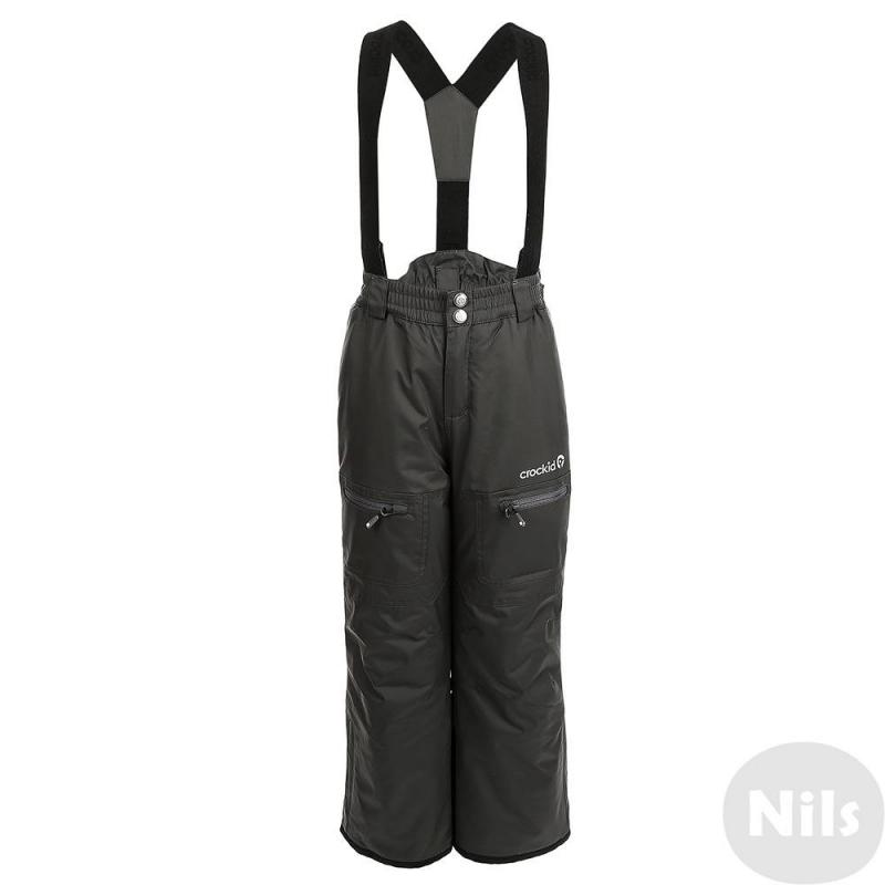 БрюкиЗимние брюки с подтяжками темно-серого цвета марки Crockid для мальчиков выполнены из водо- и ветронепроницаемого материала, который дышит и эффективно выводит лишнюю влагу в виде пара. Мембрана 5000 мм. Легкий и комфортный утеплитель нового поколения Fellex прекрасно сохраняет тепло, дышит.<br>Брюки имеют удобные регулируемые подтяжки, два кармана на молнии, внутренние манжеты для защиты от снега, а также множество светоотражающих деталей для безопасности ребенка.<br><br>Размер: 8 лет<br>Цвет: Темносерый<br>Рост: 122-128<br>Пол: Для мальчика<br>Артикул: 621381<br>Страна производитель: Китай<br>Сезон: Осень/Зима<br>Состав: 80% Нейлон, 20% Полиуретан<br>Состав подкладки: 100% Полиэстер<br>Бренд: Россия<br>Наполнитель: 100% Полиэстер<br>Температура: до -20°