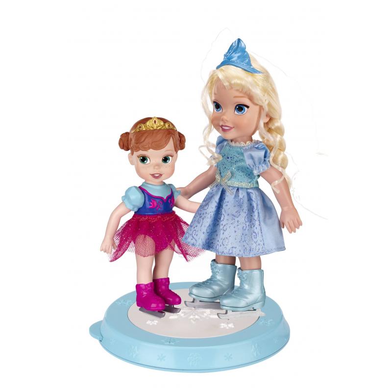 Игровой набор Холодное сердцеИгровой набор Disney Princess Холодное сердце«Принцессы на катке» включает две куклы - принцесс Эльзу и Анну в детстве, которые катаются на катке, оснащенном двигательным механизмом. Куклы одеты в платьица, их волосы украшают очаровательные диадемы.<br>Игровой набор «Принцессы на катке» станет отличным подарком для девочки. Особенно ему обрадуются маленькие поклонницы диснеевского мультфильма «Холодное сердце».Кукла Эльза одета в платьице с длинным рукавом, которое дополнено поясом. На Анне – красивый наряд с кофточкой. Волосы Эльзы прошиты, их можно укладывать в прически, у Анны они пластиковые. Дополняют образ принцесс диадемы. У кукол руки и головы подвижны. Фигурки стоят на подставке с механизмом движения. В его основании есть небольшое колесико, при его прокручивании начинает вращаться поверхность катка. От этого создается впечатление, будто принцессы катаются на льду.Комплект: каток с механизмом, кукла Анна (высота 12 см), кукла Эльза (высота 15 см).Материал: пластик, текстиль.<br><br>Возраст от: 3 года<br>Пол: Для девочки<br>Артикул: 622566<br>Бренд: США<br>Лицензия: Disney<br>Размер: от 3 лет