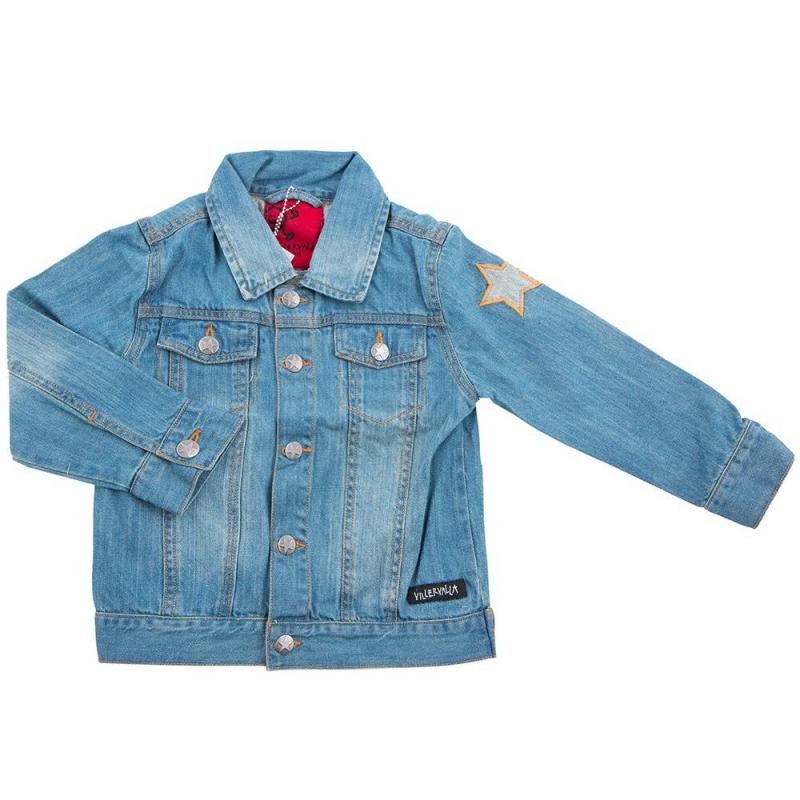 КурткаДжинсовая курткамарки Villervalla.Классическая джинсовая куртка выполнена из качественного плотного денима.Застегивается с помощью удобных пуговиц, на изделии есть функциональные карманы.Куртка декорирована стильными нашивками в виде звездочки и логотипа бренда.<br>Одежда шведской марки Villervallaотличается яркими цветами, оригинальным внешним видом и подчеркнутой индивидуальностью. Она производится только из тщательно проверенных и безопасных для ребенка материалов. Качество швов и продуманный крой обеспечивают отличный внешний вид и удобство носки.<br><br>Размер: 8 лет<br>Цвет: Синий<br>Рост: 128<br>Пол: Не указан<br>Артикул: 624602<br>Сезон: Весна/Лето<br>Состав: 100% Хлопок<br>Бренд: Швеция