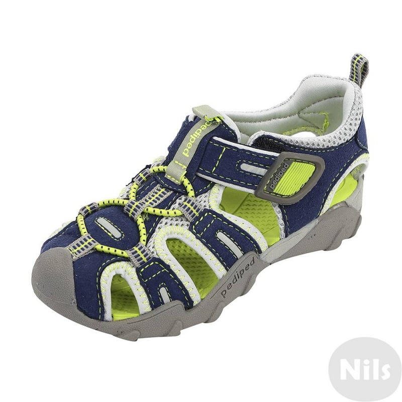 СандалииСандалии сине-зеленого цвета марки Pediped серииFlexдля мальчиков. Летние легкие сандалии созданы с учетом всех особенностей развития детской стопы. Верхвыполнен из искусственной замши, дополнен вставками из текстиля. Подкладка текстильная, стелька мягкая непромокаемая. Регулируемая застежка-липучка обеспечивает отличное прилегание к ножке.Каучуковая подошва не скользит и не пачкает пол. Сандалии можно носить как на улице, так и в помещении. Сандалии не боятся воды, быстро сохнут. Можно стирать в стиральной машине.<br>Серия Flexсоздана длядетей, которые уже научились ходить, твердо стоят на ногах и ходят уверенно. Обувь этой серии обеспечивает хорошую поддержку свода стопы, а также обладает исключительной гибкостью, помогая здоровому развитию стоп ребенка. Главная особенность серии: возможность продлить срок службы обуви с помощью особой системы регулировки полноты обуви и длины стельки по мере роста ребенка. К каждой паре обуви (кроме сандалий и некоторых других моделей) прилагается дополнительныйкомплект стелек для замены.<br><br>Размер: 29<br>Цвет: Синий<br>Пол: Для мальчика<br>Артикул: 625615<br>Страна производитель: Китай<br>Сезон: Всесезонный<br>Материал верха: Текстиль / Иск. кожа<br>Материал подкладки: Текстиль<br>Материал подошвы: Каучук<br>Бренд: США