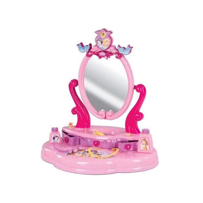 Игровой набор Настольная студия красоты Disney PrincessИгровой набор Smoby Настольная студия красоты Disney Princess.<br>Настольная студия красоты «Принцессы Диснея» от бренда Smoby приведет маленькую красавицу в восторг. У нее появится место, где она сможет заботиться о своем внешнем виде, используя находящиеся в ящичках аксессуары. Прекрасный подарок для девочек.Настольная студия красоты - это комбинация всего необходимого для того, чтобы маленькая красавица выглядела отлично. Студия состоит из панели с тремя подвижными ящичками и безопасного зеркала. В комплект включен набор ярких и модных аксессуаров, в котором есть колечки, расческа и ободок для волос, маленькие флакончики, а также украшение на шею.<br>Приятный розовый цвет и стильный дизайн делают изделие удивительным. Оформление изображениями принцесс из мультфильмов от студии Диснея выделяет игру среди других. Здесь мило улыбаются Белоснежка, Белль и Аврора. Все – любимые героини. Приобретая настольную студию для детских игр, вы будете способствовать развитию вкуса и стиля у маленькой принцессы.<br><br>Возраст от: 3 года<br>Пол: Для девочки<br>Артикул: 624439<br>Страна производитель: Китай<br>Бренд: Франция<br>Лицензия: Disney<br>Размер: от 3 лет