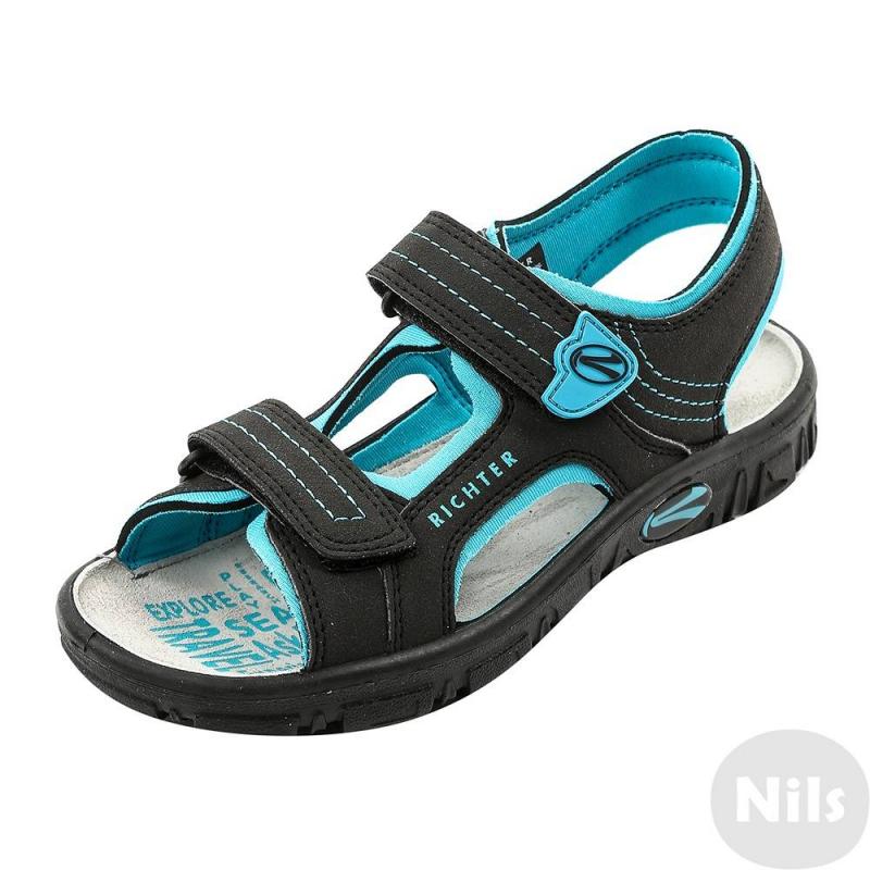 СандалииЧерно-голубые сандалии австрийской марки Richter для мальчиков. Легкие открытые сандалии выполнены из текбука (искусственный нубук), мягкая текстильная подкладка сшита из неопрена. Стелька из натуральной кожи износостойкая и приятная на ощупь. Удобные застежки-липучки позволяют отрегулировать сандалии по ноге и облегчают процесс переобувания. Очень легкая гибкая подошва не скользит.<br><br>Размер: 36<br>Цвет: Бирюзовый<br>Пол: Для мальчика<br>Артикул: 625838<br>Сезон: Весна/Лето<br>Материал верха: Искусственная кожа<br>Материал подкладки: Текстиль<br>Материал стельки: Натуральная кожа<br>Материал подошвы: Полиуретан<br>Бренд: Австрия