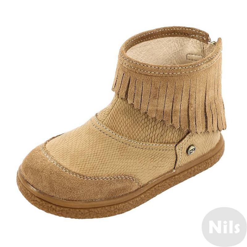 БотинкиДемисезонные ботинки бежевогоцвета марки MAYORAL для девочек. Ботинки имеют практичный верх из кожи и полиуретана, внутри дополнены кожаной стелькой, подкладкой из хлопка и натуральной кожи.Застегиваютчся ботиночки на молнию и липучкусзади. Резиновая подошва гибкая, прочная и не скользит. Ботинки украшены замшевыми вставками и бахромой.<br><br>Размер: 27<br>Цвет: Бежевый<br>Пол: Для девочки<br>Артикул: 626254<br>Страна производитель: Вьетнам<br>Сезон: Осень/Зима<br>Материал верха: Натуральная кожа/Полиуретан<br>Материал подкладки: Натуральная кожа / Текстиль<br>Материал стельки: Натуральная кожа<br>Материал подошвы: Резина<br>Бренд: Испания