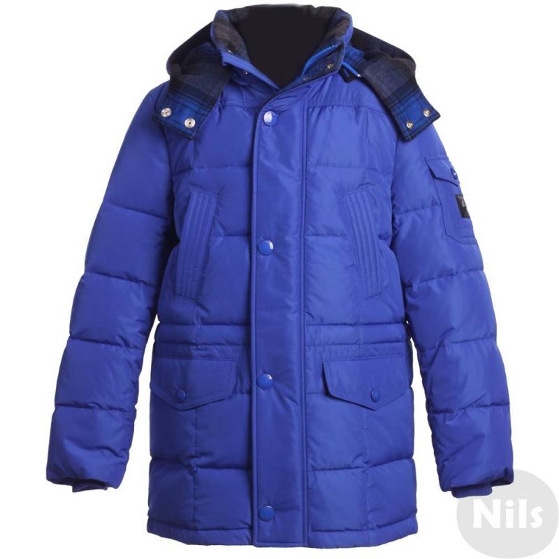 КурткаЗимняя куртка синегоцвета марки JUMS длямальчиков.Теплая куртка с удлиненным силуэтомот латвийского бренда JUMS обязательно понравится мальчикам.Помимо внешнего стильного вида эту модель отличает возможность прекрасно сохранять тепло. В качестве утеплителя в ней использован гусиный пух 90% и перо 10%.Функциональный съемный капюшон дополнен мягкой подкладкой в клеточку. Куртка имеет пять карманови трикотажные манжеты, украшена стильной фирменной нашивкой на рукаве.<br><br>Размер: 9 лет<br>Цвет: Синий<br>Рост: 134<br>Пол: Для мальчика<br>Артикул: 626137<br>Страна производитель: Латвия<br>Сезон: Осень/Зима<br>Состав: 100% Полиэстер<br>Состав подкладки: 100% Полиамид<br>Бренд: Латвия<br>Наполнитель: 90% Пух, 10% Перо<br>Температура: до -20°