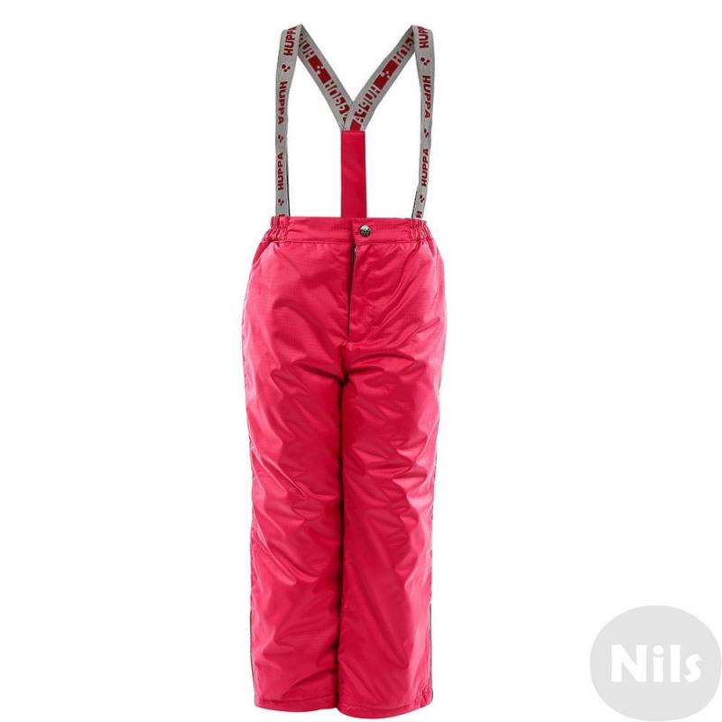 БрюкиУтепленные брюки ярко-розового цвета марки Huppa для девочек.<br>Брюки выполнены из водо- и воздухонепроницаемого, но дышащего материала. Все внешние швы изделия проклеены, чтобы обеспечить максимальную защиту от влаги. Брюки оснащены множеством светоотражающих деталей для безопасности ребенка.Внешний слой ткани имеет специальную обработкуWR (water repellent)которая отталкивает грязь и облегчает уход за одеждой. Мембрана 10000 мм. Использован синтетический утеплительHuppaTherm с высокой теплоудерживающей способностью.<br>Брюки имеют удобный пояс на резинке, а такжеэластичные регулируемые подтяжки. Застегиваются брюки на молнию и кнопку. Низ брюк дополнен внутренними манжетами на резинке.<br><br>Размер: 7 лет<br>Цвет: Розовый<br>Рост: 122<br>Пол: Для девочки<br>Артикул: 625927<br>Страна производитель: Эстония<br>Сезон: Осень/Зима<br>Состав: 100% Полиэстер<br>Состав подкладки: 100% Полиэстер<br>Бренд: Эстония<br>Наполнитель: 100% Полиэстер<br>Температура: до -30°