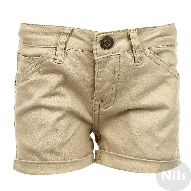 ШортыШорты бежевого цвета марки Gulliver для девочек. Укороченные шорты выполнены из хлопка с добавлением эластана, спереди имеют три кармана, сзади два кармана. Застегиваются шорты на молнию и крючок.<br><br>Размер: 6 лет<br>Цвет: Бежевый<br>Рост: 116<br>Пол: Для девочки<br>Артикул: 627233<br>Страна производитель: Китай<br>Сезон: Весна/Лето<br>Состав: 95% Хлопок, 5% Эластан<br>Бренд: Россия