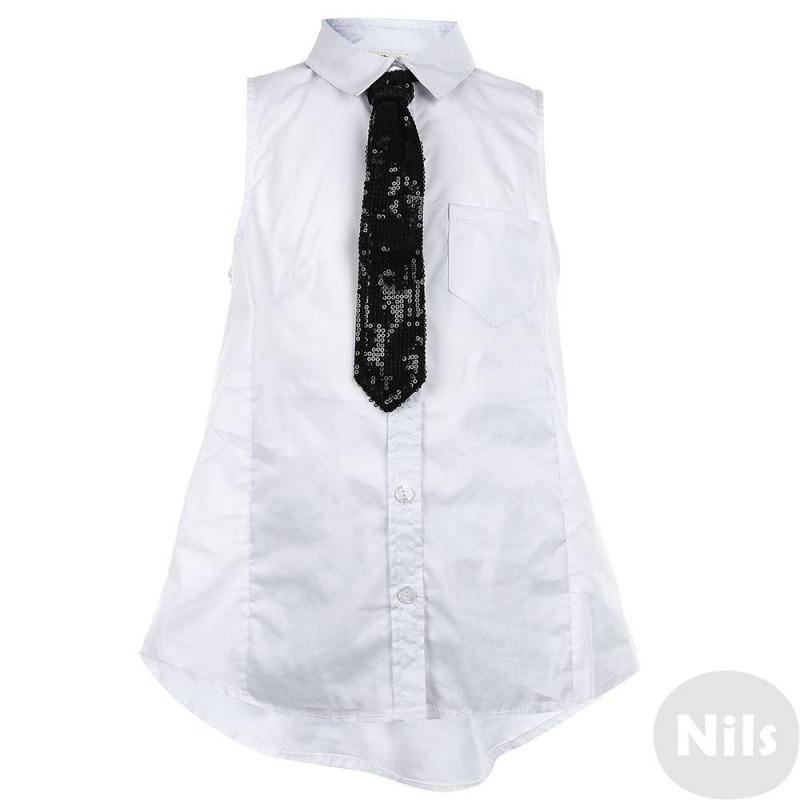 БлузкаБлузка белого цвета марки Gulliver для девочек. Блузка без рукавов выполнена из хлопка с добавлением нейлона и эластана, имеет нагрудный карман, застегивается на пуговицы. В комплект входит галстук черного цвета, декорированный пайтеками.<br><br>Размер: 11 лет<br>Цвет: Белый<br>Рост: 146<br>Пол: Для девочки<br>Артикул: 626747<br>Страна производитель: Китай<br>Сезон: Весна/Лето<br>Состав: 60% Хлопок, 35% Нейлон, 5% Эластан<br>Бренд: Россия