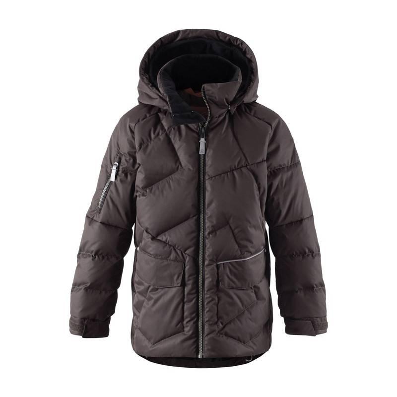 КурткаЗимний пуховик коричневого цвета марки REIMA для мальчиков. Куртка сшита из водо- и ветронепроницаемого грязеотталкивающего материала.Материал дышит, обеспечиваякомфортную температуру и сухость.<br>В качестве утеплителя использован натуральный пух. Безопасный съемный капюшон пристегивается на кнопках. Спереди имеетдва больших накладных кармана. Манжеты на рукавах регулируются с помощью липучек. Светоотражающие деталиобеспечат безопасность в темное время суток.<br>Куртка не теряет своих свойств при многократнойстирке в стиральной машине, быстро сохнет. Легкие загрязнения можнопротереть влажной губкой или смытьпод душем.<br><br>Размер: 8 лет<br>Цвет: Коричневый<br>Рост: 128<br>Пол: Для мальчика<br>Артикул: 629230<br>Страна производитель: Китай<br>Сезон: Осень/Зима<br>Состав верха: 100% Полиэстер<br>Состав подкладки: 100% Полиэстер<br>Бренд: Финляндия<br>Наполнитель: 60% Пух, 40% Перо<br>Покрытие: Полиуретан<br>Температура: от -10° до -30°