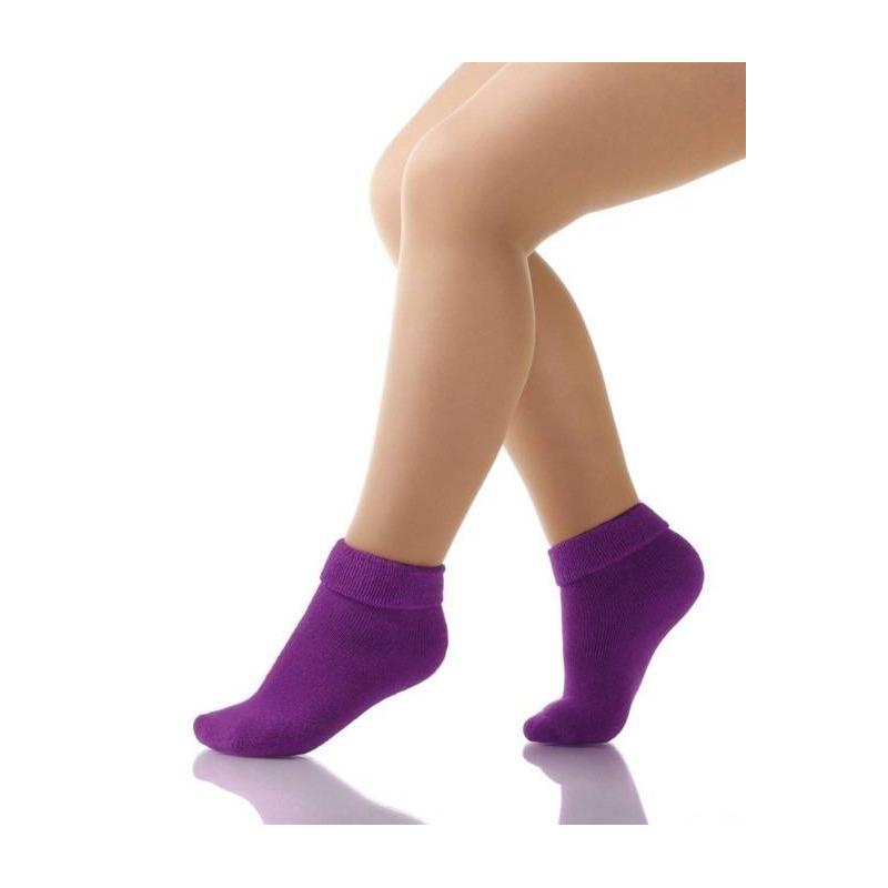 НоскиНоски фиолетового цвета маркиArina by Charmante для девочек. Махровые носки выполнены из хлопкового трикотажа с добавлением эластана, имеют удобную широкую резинку.<br><br>Размер: 9 месяцев<br>Цвет: Фиолетовый<br>Размер: 18/20<br>Пол: Для девочки<br>Артикул: 629728<br>Страна производитель: Китай<br>Сезон: Всесезонный<br>Состав: 80% Хлопок, 10% Полиамид, 7% Нейлон, 3% Эластан<br>Бренд: Италия