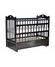 Кроватка детская Love c ящиком и маятником