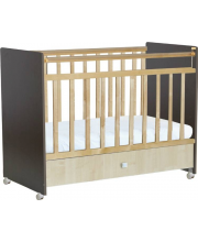 Кроватка детская венге-клён