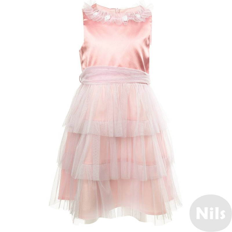 ПлатьеНарядное платье розовогоцвета марки Сменадля девочек. Пышное платье с атласным лифом, воротомдекорированным сборкой и маленькими розочками, а также многослойной юбкой своздушнымиоборками из сеточки.Широкий пояс сзади завязывается объемным бантом.<br><br>Размер: 7 лет<br>Цвет: Розовый<br>Рост: 122<br>Пол: Для девочки<br>Артикул: 631133<br>Страна производитель: Россия<br>Сезон: Всесезонный<br>Состав: 100% Полиэстер<br>Состав подкладки: 65% Хлопок, 35% Полиэстер<br>Бренд: Россия<br>Вид застежки: Молния