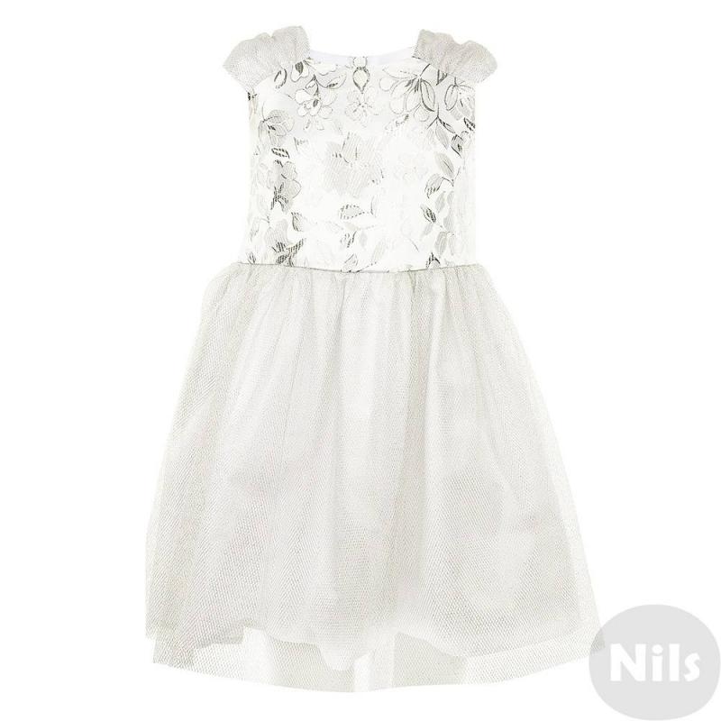 ПлатьеНарядное платье бело-серебристогоцвета маркиСменадля девочек. Топ платья выполнен из набивной ткани с роскошным цветочным узором. Подол и рукава украшены сеточкой из серебрянойнити.Сзади платье застегивается на молнию, талия регулируется пышным бантом.<br><br>Размер: 6 лет<br>Цвет: Белый<br>Рост: 116<br>Пол: Для девочки<br>Артикул: 631117<br>Страна производитель: Россия<br>Сезон: Всесезонный<br>Состав: 100% Полиэстер<br>Состав подкладки: 65% Хлопок, 35% Полиэстер<br>Бренд: Россия<br>Вид застежки: Молния