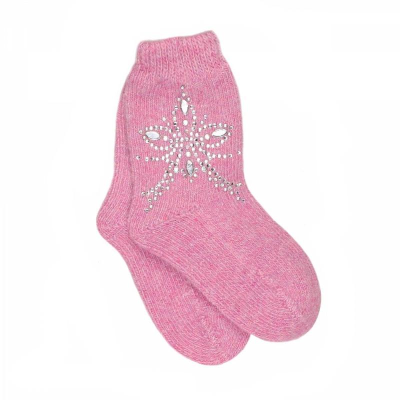 НоскиШерстяные носки розовогоцвета марки JACOTE для девочек. Теплые носки из мягкого шерстяного трикотажа с добавлением кашемира, ангоры и вискозы,украшены стразами.<br><br>Размер: 12 месяцев<br>Цвет: Малиновый<br>Размер: 11<br>Пол: Для девочки<br>Артикул: 602893<br>Бренд: Россия<br>Страна производитель: Россия<br>Сезон: Осень/Зима<br>Состав: 10% Кашемир, 40% Шерсть, 28% Вискоза, 7% Ангора, 15% Полиамид