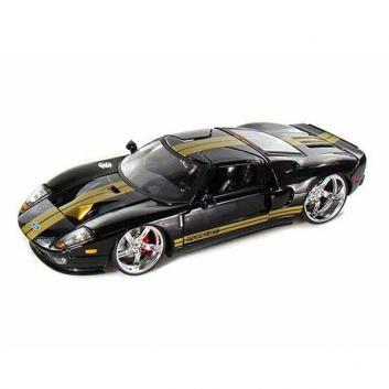 Машинка с тюнингом Ford GT 05