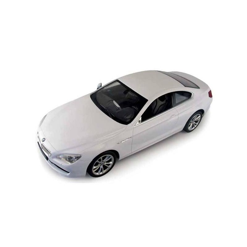 Машина радиоуправляемая BMW 6 1:14Машина радиоуправляемая белого цвета BMW 61:14марки Rastar.<br>Эта машинка приятно вас удивит проработкой деталей и характеристиками. Она отличается маневренностью, динамикой и покладистостью в управлении. Световые и звуковые эффекты придают BMW 6потрясающую реалистичность.<br><br>Возраст от: 5 лет<br>Пол: Для мальчика<br>Артикул: 634251<br>Бренд: Китай<br>Размер: от 5 лет