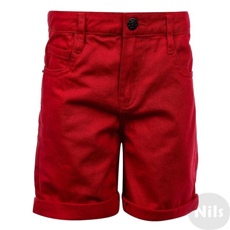 Джинсовые шортыДжинсовые шорты рубиновогоцвета марки INCITY для мальчиков.<br>Однотонная базовая модель на молнии из чистого хлопка с передними и задними карманами, а также декоративными отворотами на штанинах.<br><br>Размер: 6 лет<br>Цвет: Красный<br>Рост: 116<br>Пол: Для мальчика<br>Артикул: 635359<br>Страна производитель: Бангладеш<br>Сезон: Весна/Лето<br>Состав: 100% Хлопок<br>Бренд: Россия<br>Вид застежки: Молния