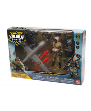 Солдат с самолетом-беспилотником CHAP MEI