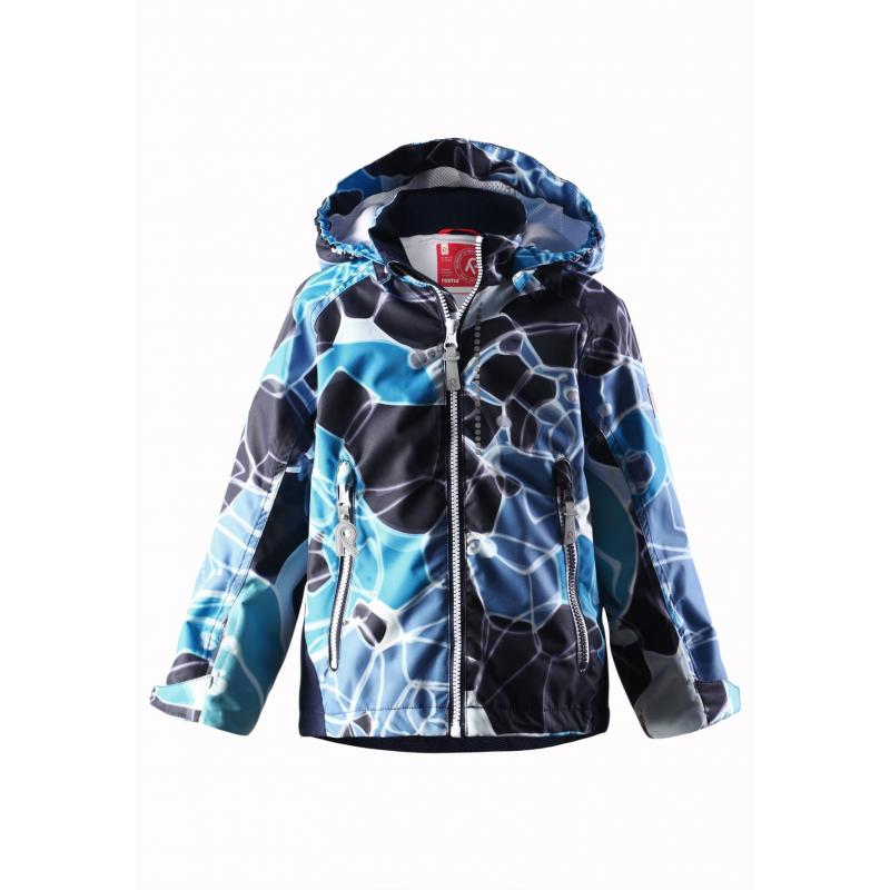 КурткаЛегкая демисезонная куртка темно-синего цвета с рисунком марки REIMA для мальчиков.Легкая куртка без утепления выполнена из водонепроницаемого материала с мембраной свыше 10000 мм, материал дышит, обеспечивая сухость и комфорт.Основныешвы проклеены и не пропускают влагу. Куртка имеет съемный капюшон на кнопках, дополнена двумя карманами на молнии спереди. Внутри куртка дополнена подкладкой из дышащей сетки, воротник и манжеты изнутри имеют мягкую флисовую подкладку; манжеты регулируются липучками.Низ куртки регулируется с помощью шнурка со стопперами. Светоотражающие элементы на куртке обеспечивают безопасность ребенка в темное время суток.<br><br>Размер: 6 лет<br>Цвет: Темносиний<br>Рост: 116<br>Пол: Для мальчика<br>Артикул: 637993<br>Страна производитель: Китай<br>Сезон: Весна/Лето<br>Коллекция: 2016<br>Состав: 100% Полиэстер<br>Состав подкладки: 100% Полиэстер<br>Бренд: Финляндия<br>Вид застежки: Молния<br>Покрытие: Полиуретан<br>Тип: Демисезон<br>Серия: Reima