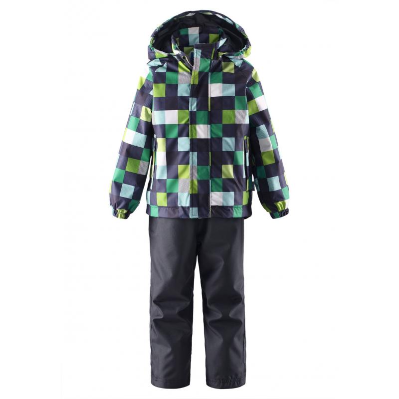 КомплектКомплект куртка + брюки темно-серогоцвета марки LASSIE by REIMA длямальчиков.Комплект выполнен из водоотталкивающего ветронепроницаемого дышащего материала. Куртка без утепления украшена рисунком в разноцветную клетку, имеет съемный капюшон на кнопках, спереди дополнена двумя карманами на липучках; манжеты на резинках обеспечивают плотное прилегание и защищают от ветра. Брюки без утепления темно-серого цвета имеют широкий пояс на резинке, дополнены карманом на липучке. Светоотражащие детали на куртке и брюках обеспечивают безопасность в темное время суток.<br><br>Размер: 7 лет<br>Цвет: Темносерый<br>Рост: 122<br>Пол: Для мальчика<br>Артикул: 638358<br>Страна производитель: Китай<br>Сезон: Весна/Лето<br>Коллекция: 2016<br>Состав: 100% Полиэстер<br>Состав подкладки: 100% Полиэстер<br>Бренд: Финляндия<br>Вид застежки: Молния<br>Покрытие: Полиуретан<br>Тип: Демисезон