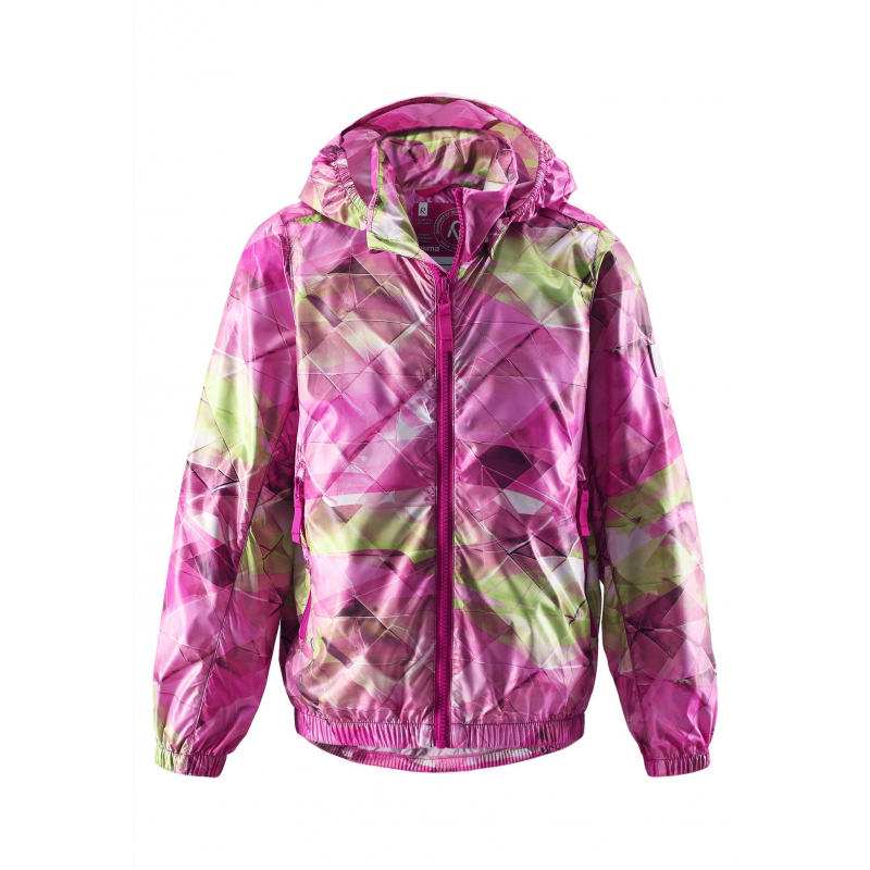 КурткаЛегкая демисезонная куртка розовогоцвета с рисунком марки REIMA длядевочек.Легкая куртка без утепления украшена ярким принтом, выполнена из ветронепроницаемого дышащего и невероятно легкого материала.Куртка сворачивается в свой собственный карман и занимает очень мало места. Куртка дополнена съемным капюшоном на кнопках, имеет два кармана молнии. Светоотражающие детали обеспечивают безопасность ребенка в темное время суток.<br><br>Размер: 12 лет<br>Цвет: Розовый<br>Рост: 152<br>Пол: Для девочки<br>Артикул: 638121<br>Бренд: Финляндия<br>Страна производитель: Китай<br>Сезон: Весна/Лето<br>Коллекция: 2016<br>Состав: 100% Полиэстер<br>Вид застежки: Молния<br>Тип: Демисезон<br>Серия: Reima