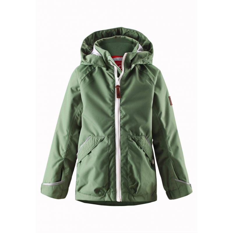 КурткаЛегкая демисезонная куртка зеленогоцветамарки REIMA длямальчиков.Легкая куртка без утепления выполнена из водонепроницаемого материала с мембраной свыше 10000 мм, материал дышит, обеспечивая сухость и комфорт.Основныешвы проклеены и не пропускают влагу. Куртка имеет съемный капюшон на кнопках, дополнена двумя карманами накнопкахспереди. Внутри куртка дополнена подкладкой, воротник и манжеты изнутри имеют мягкую флисовую подкладку. Манжеты регулируются с помощью липучек. Застегивается куртка на молнию. Светоотражающие элементы на куртке обеспечивают безопасность ребенка в темное время суток.<br><br>Размер: 7 лет<br>Цвет: Зеленый<br>Рост: 122<br>Пол: Для мальчика<br>Артикул: 638015<br>Страна производитель: Китай<br>Сезон: Весна/Лето<br>Коллекция: 2016<br>Состав: 100% Полиэстер<br>Состав подкладки: 100% Полиэстер<br>Бренд: Финляндия<br>Покрытие: Полиуретан<br>Тип: Демисезон<br>Серия: Reima