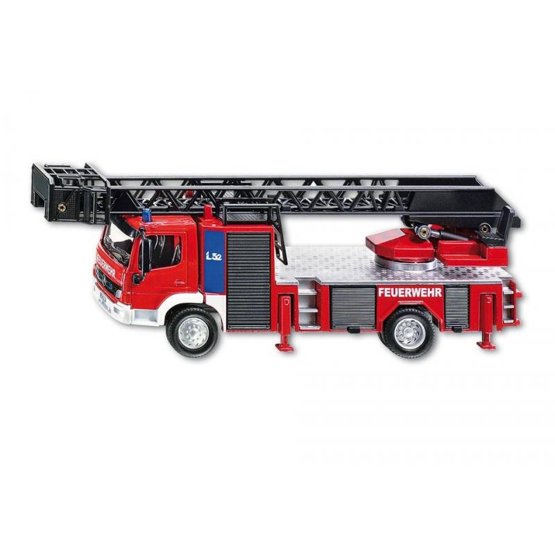 Пожарная машина с лестницей от Nils