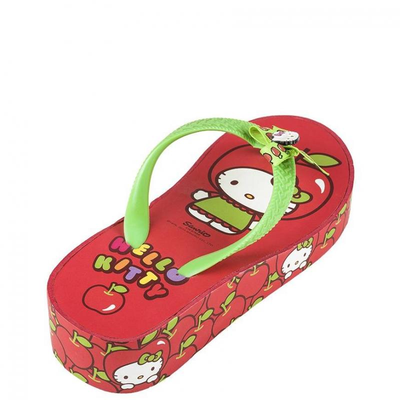 СланцыСланцыкрасногоцвета с рисункомHello Kittyмарки Kakadu для девочек.<br>Удобные и красивые сланцы на платформе - отличный вариант обуви для пляжа и летних прогулок. Модельукрашена изображением Hello Kitty - анимированной белой кошечки,популярного современного персонажа, которого обожают девочки.Основной цвет сланцев - красный, принт - в зеленых тонах. Сделана обувь из легких и прочных материалов, которые позволяют ребенку чувствовать себя комфортно при ходьбе.<br><br>Размер: 30<br>Цвет: Красный<br>Пол: Для девочки<br>Артикул: 638781<br>Страна производитель: Китай<br>Сезон: Весна/Лето<br>Материал верха: Резина<br>Материал подошвы: ПВХ (поливинилхлорид)<br>Лицензия: Hello Kitty