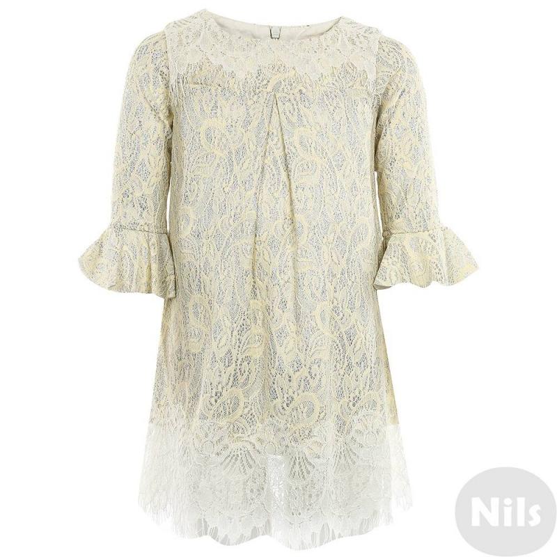 ПлатьеПлатье молочного цвета марки De Salitto.<br>Нежное кружевное платье с серебряным блеском дополнено рукавами-воланами. Модель с карманами застегивается на потайную молнию.<br><br>Размер: 6 лет<br>Цвет: Бежевый<br>Рост: 116<br>Пол: Для девочки<br>Артикул: 639396<br>Страна производитель: Китай<br>Сезон: Весна/Лето<br>Состав: 65% Хлопок, 35% Полиэстер<br>Бренд: Италия<br>Вид застежки: Молния